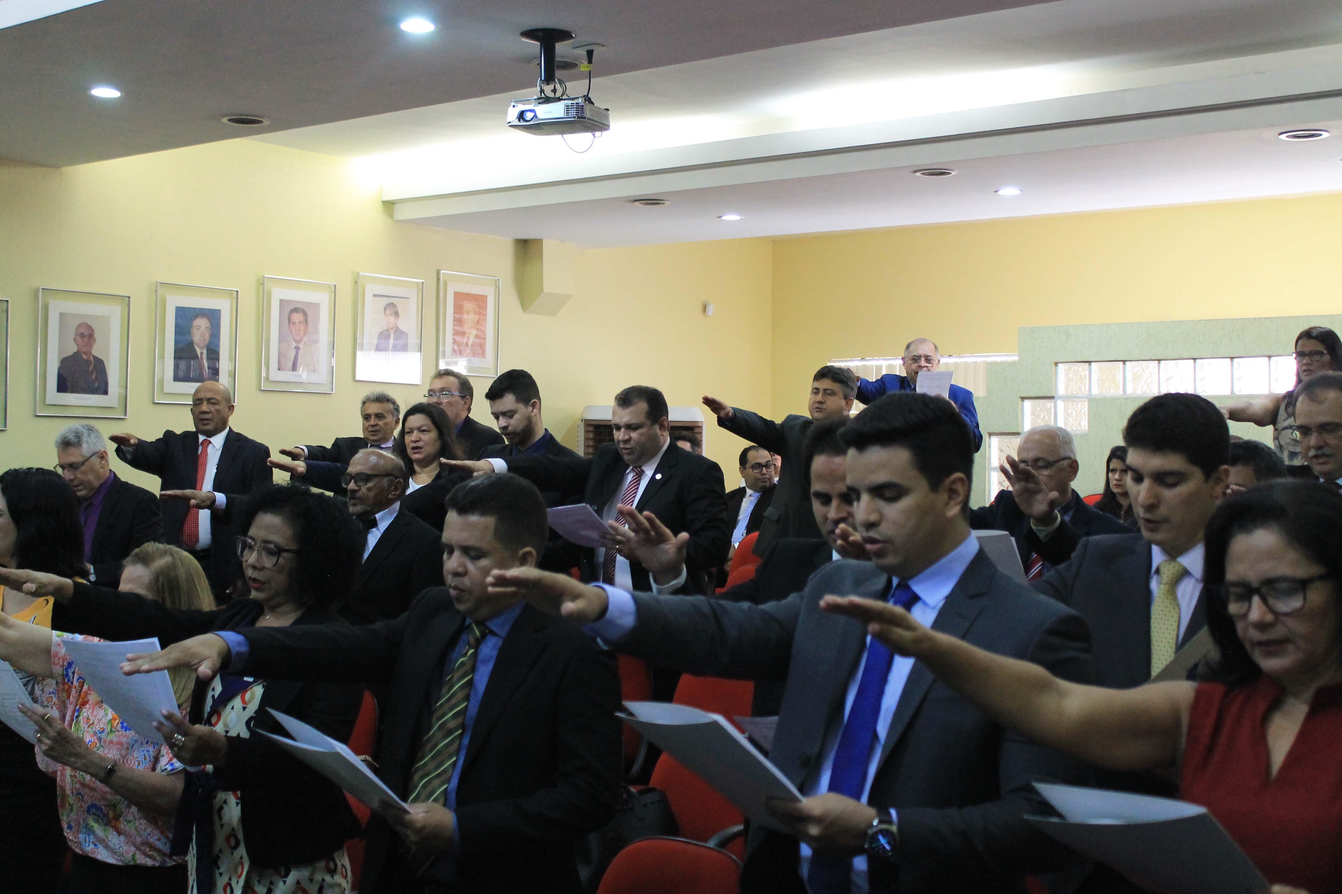 Novos conselheiros do CRECI Piauí tomam posse